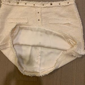 Zara Skirts - ZARA WHITE MINI SKIRT SIZE SMALL